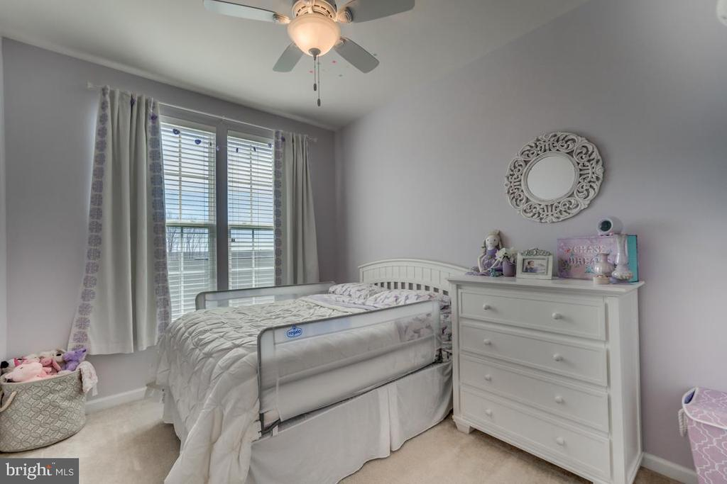 2nd Story Bedroom #1 - 861 BASSWOOD DR, STAFFORD
