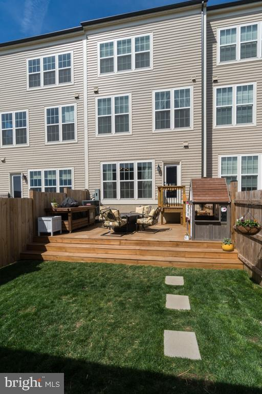 Deck Extends full length of House - 861 BASSWOOD DR, STAFFORD