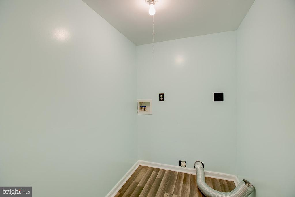 Laundry space in basement! - 23 COOKSON DR, STAFFORD