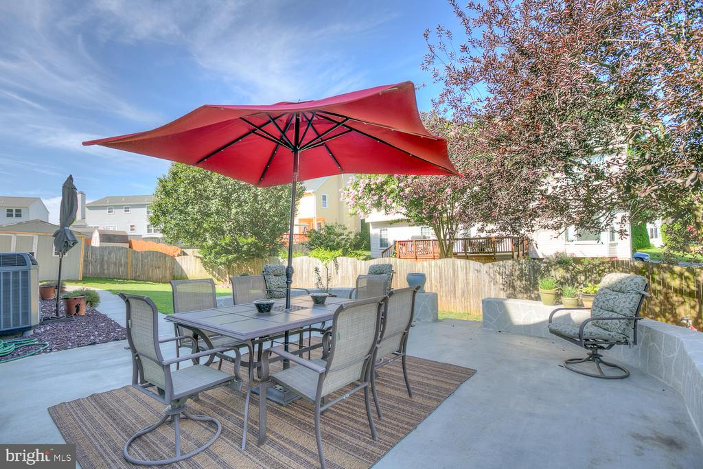 Patio area! - 23 COOKSON DR, STAFFORD