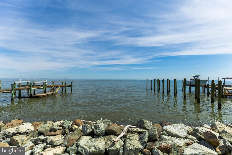 Single Family Homes per Vendita alle ore Chesapeake Beach, Maryland 20732 Stati Uniti