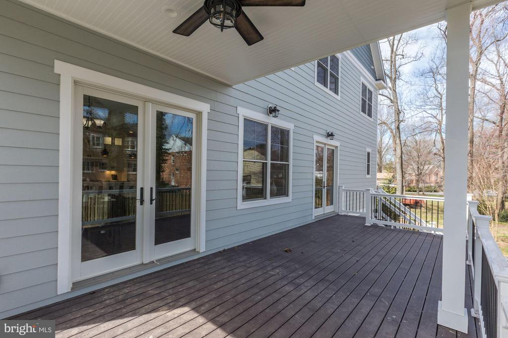 Rear Covered Deck with Ceiling Fan - 6834 CHURCHILL RD, MCLEAN