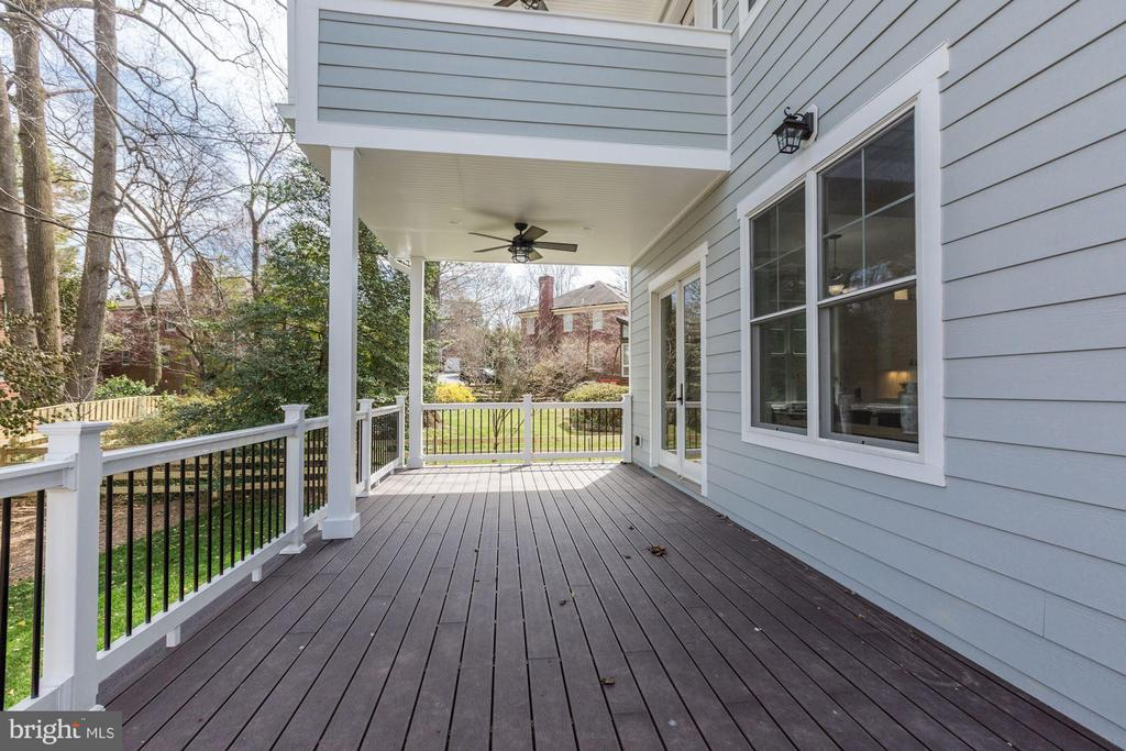 Deck Stretches across the Home - 6834 CHURCHILL RD, MCLEAN