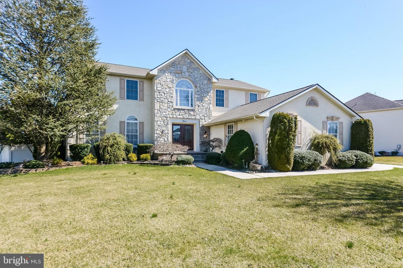 Maison unifamiliale pour l Vente à 3 PARRY Drive Hainesport, New Jersey 08036 États-Unis