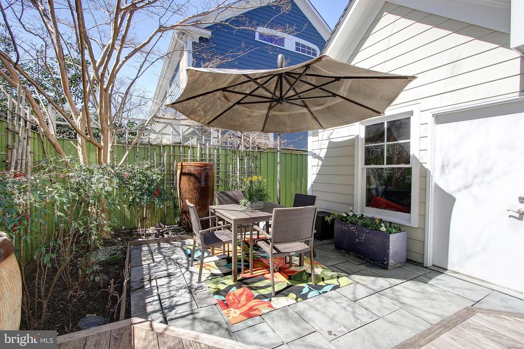 Patio off kitchen - 7612 EXETER RD, BETHESDA