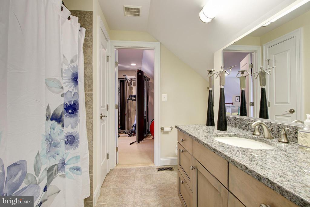 Full Bath - 7612 EXETER RD, BETHESDA