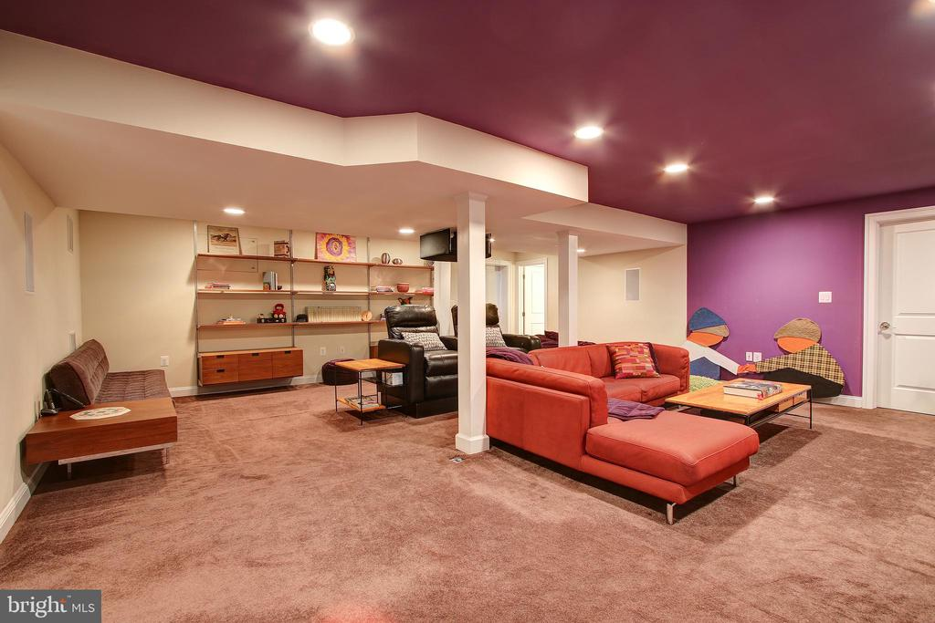 Lower Level Home Theater - 7612 EXETER RD, BETHESDA