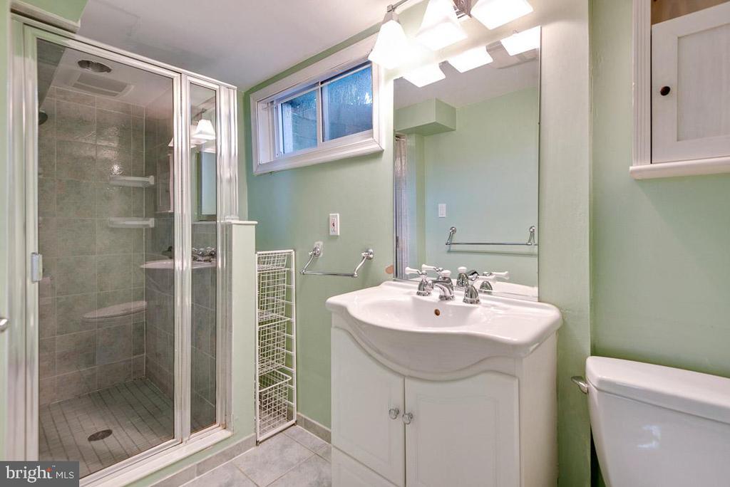 Bath 2 - Main Level - 4910 25TH ST N, ARLINGTON