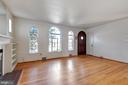 Spacious Living Room - 4910 25TH ST N, ARLINGTON