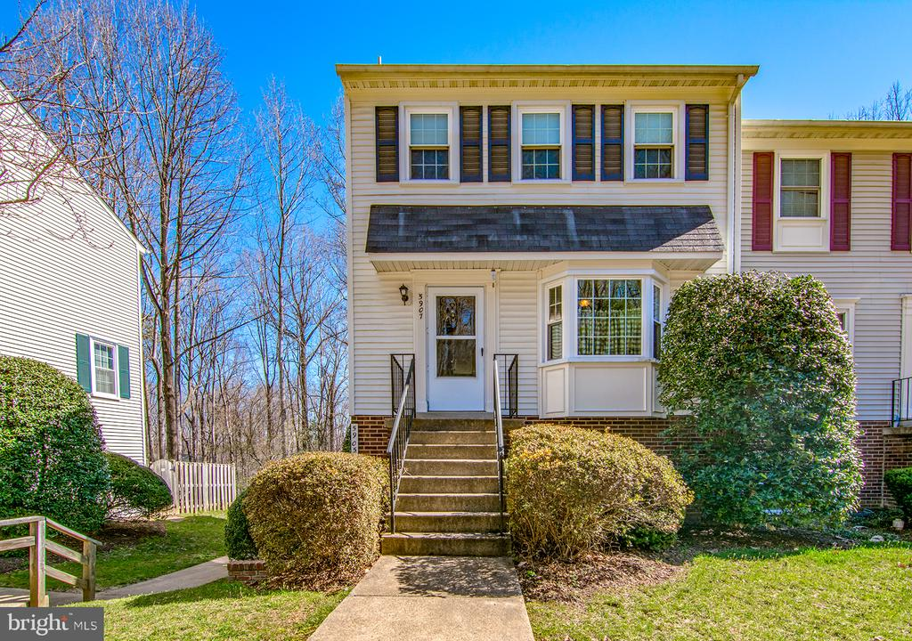 5907  FIRST LANDING WAY  175, Burke, Virginia