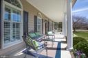 Relax w/ friends on this 8' deep front veranda - 110 CARROLL CIR, FREDERICKSBURG