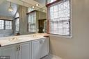 double sink vanity - 12 CLIMBING ROSE CT, ROCKVILLE