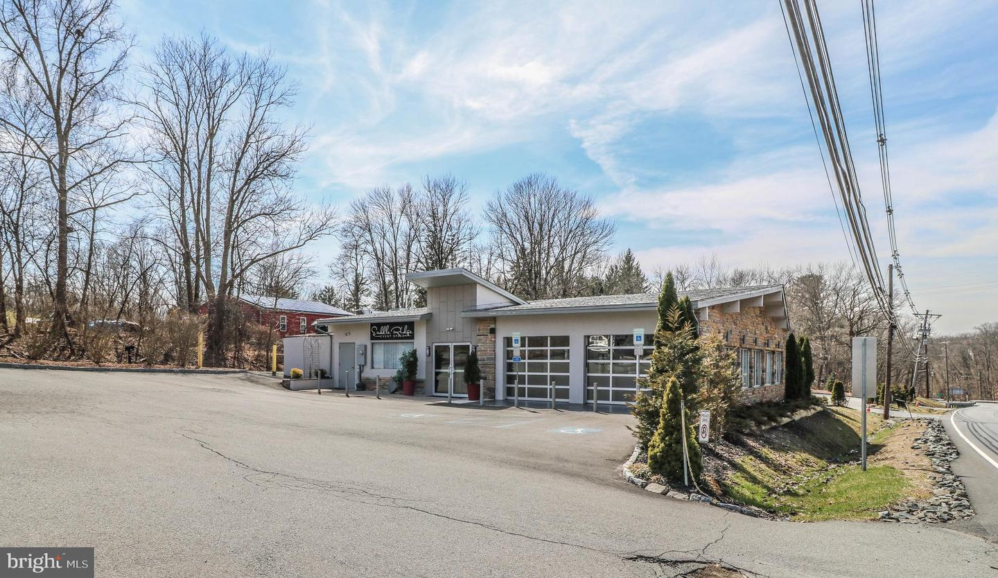 Additional photo for property listing at  Lambertville, ニュージャージー 08530 アメリカ