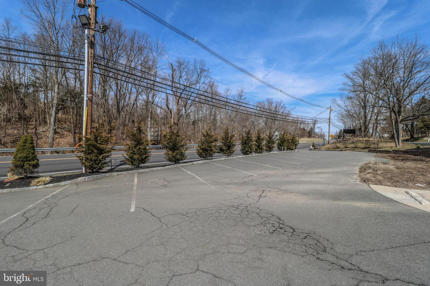 Additional photo for property listing at 1530 ROUTE 179  Lambertville, New Jersey 08530 United States