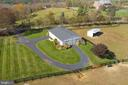 Aerial view of the barn and run in shed - 21960 OATLANDS RD, ALDIE