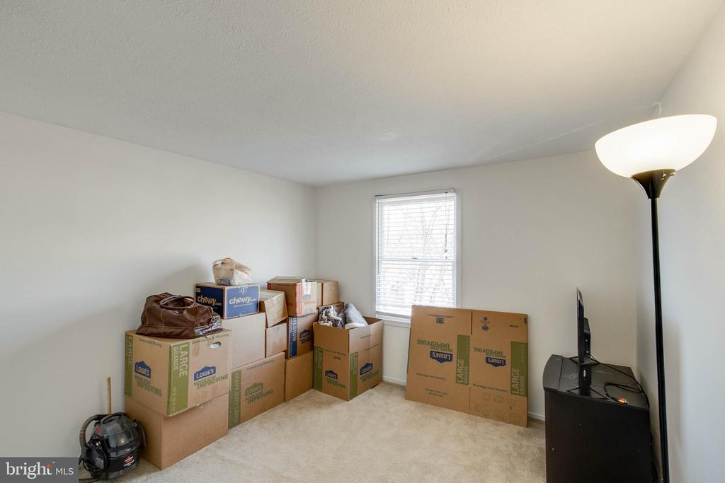 Third bedoom (excuse us, we're moving!) - 218 FALLSWAY LN, STAFFORD