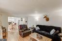 Open family room - 218 FALLSWAY LN, STAFFORD