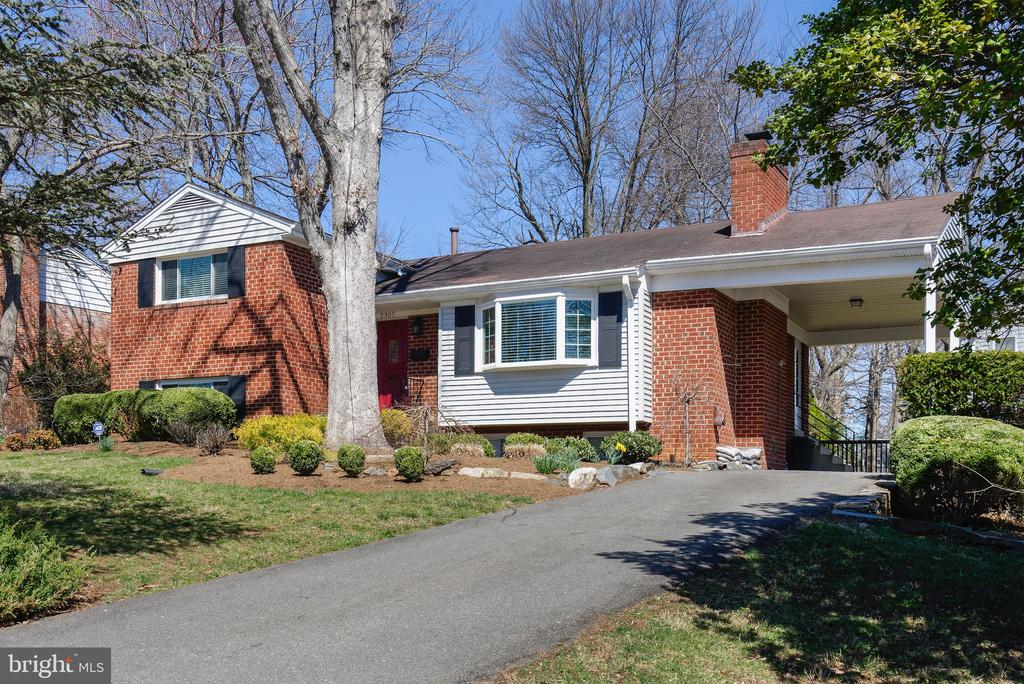 Welcome to 2307 Barbour Road - 2307 BARBOUR RD, FALLS CHURCH