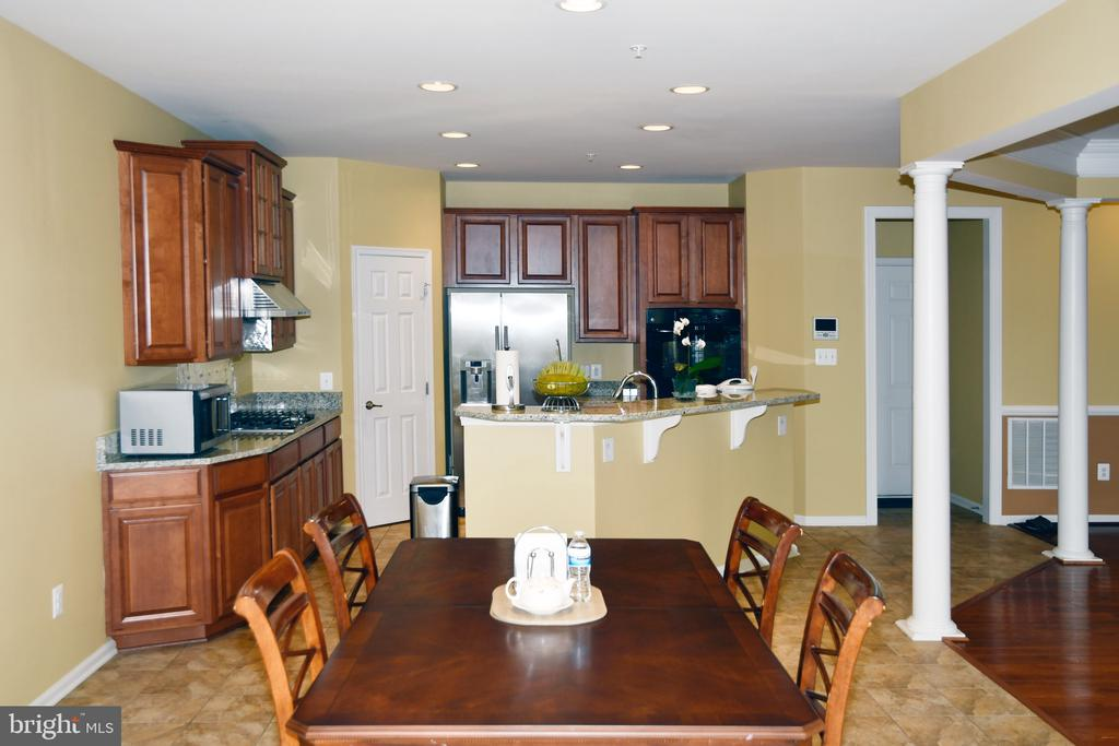 EATING AREA OFF KITCHEN - 3704 RUSHWORTH ST, FREDERICK