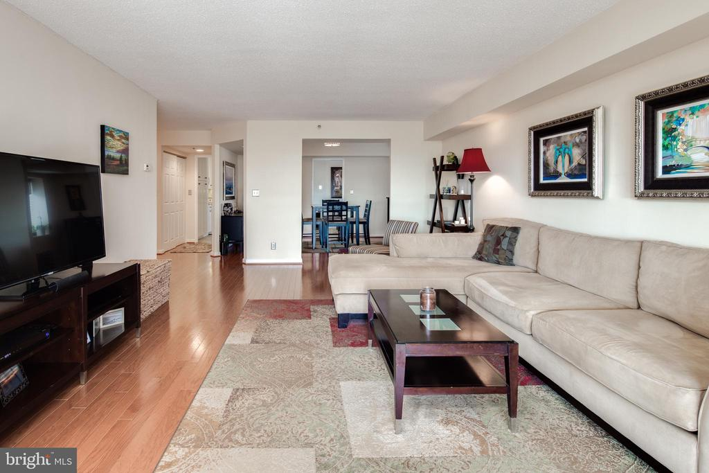 Living Room opens to the Dining Room - 1600 N OAK ST #1718, ARLINGTON