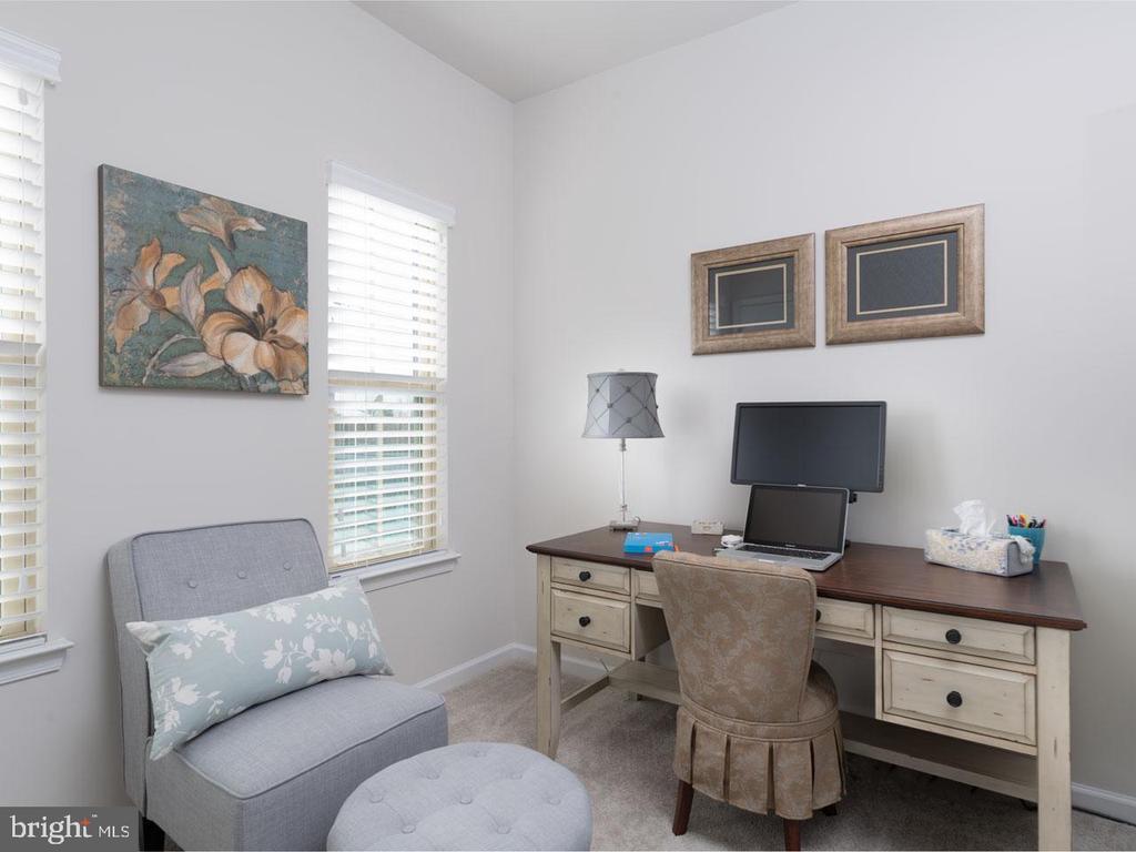 Bedroom 2 - 43837 STUBBLE CORNER SQ, ASHBURN