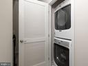 Laundry on first upper level - 43837 STUBBLE CORNER SQ, ASHBURN