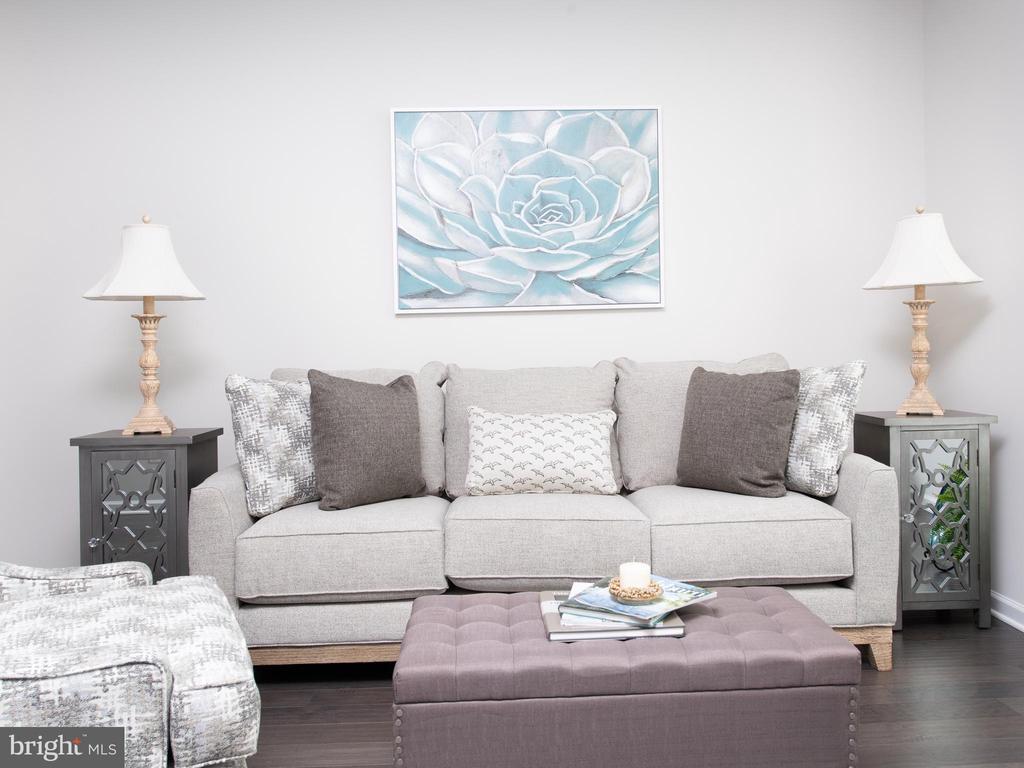 Living Room - 43837 STUBBLE CORNER SQ, ASHBURN