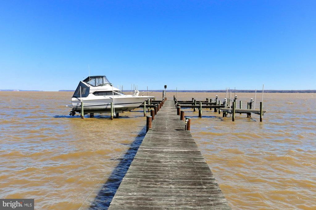 Community Dock with deeded slip - 94 CANTERBURY DR, STAFFORD