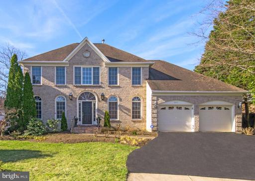 8225 MADRILLON ESTATES DR