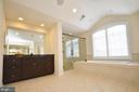 Expanded master bathroom. - 13291 APRIL CIR, LOVETTSVILLE