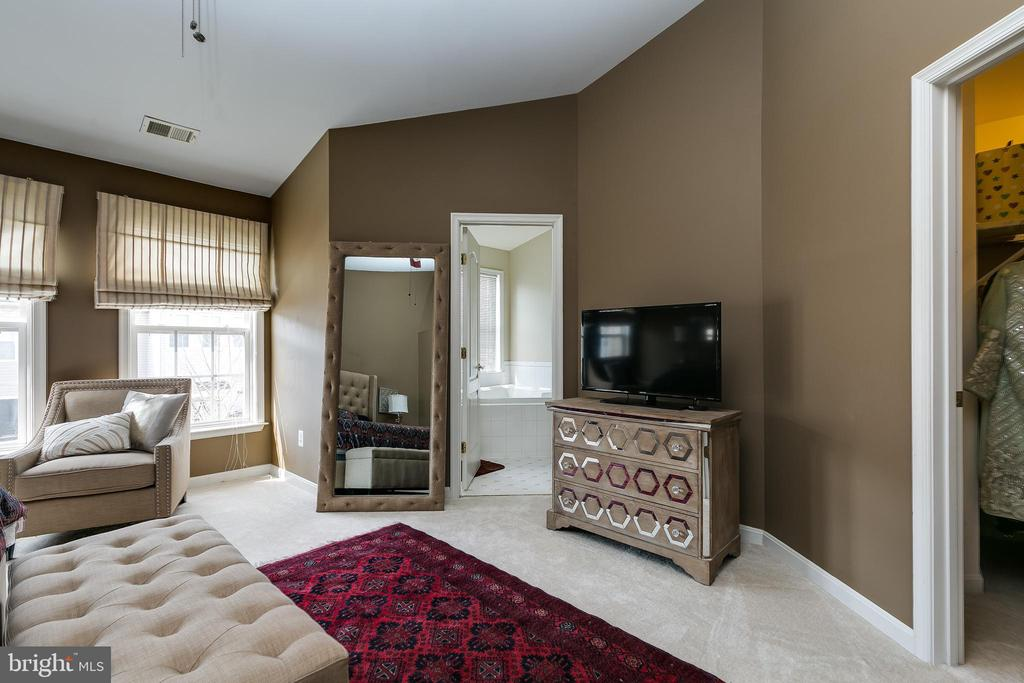 Master bedroom - 21965 WINDOVER DR, BROADLANDS