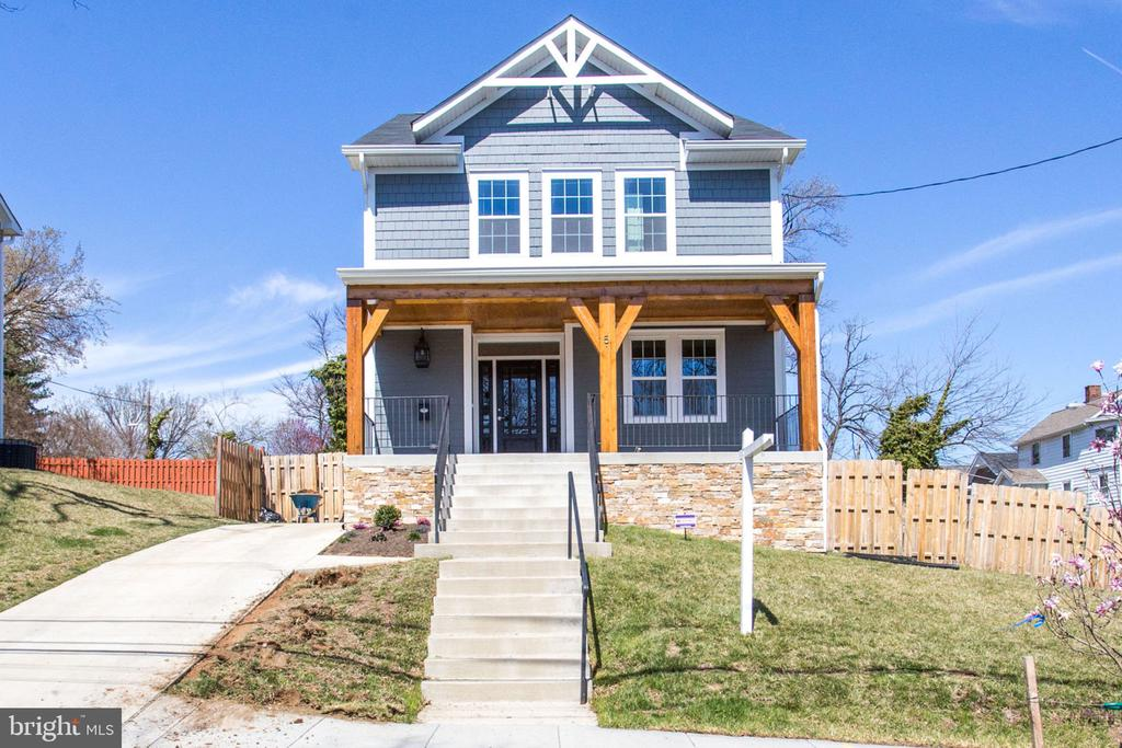 MLS DCDC403858 in BRIGHTWOOD