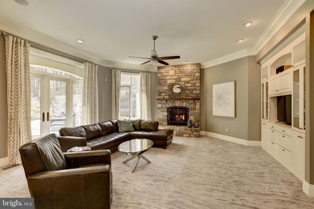 Family Room w/ Stone Fire Place - 8544 LEISURE HILL DR, BALTIMORE