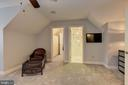 In-law suite w/ Full Bath - 8544 LEISURE HILL DR, BALTIMORE