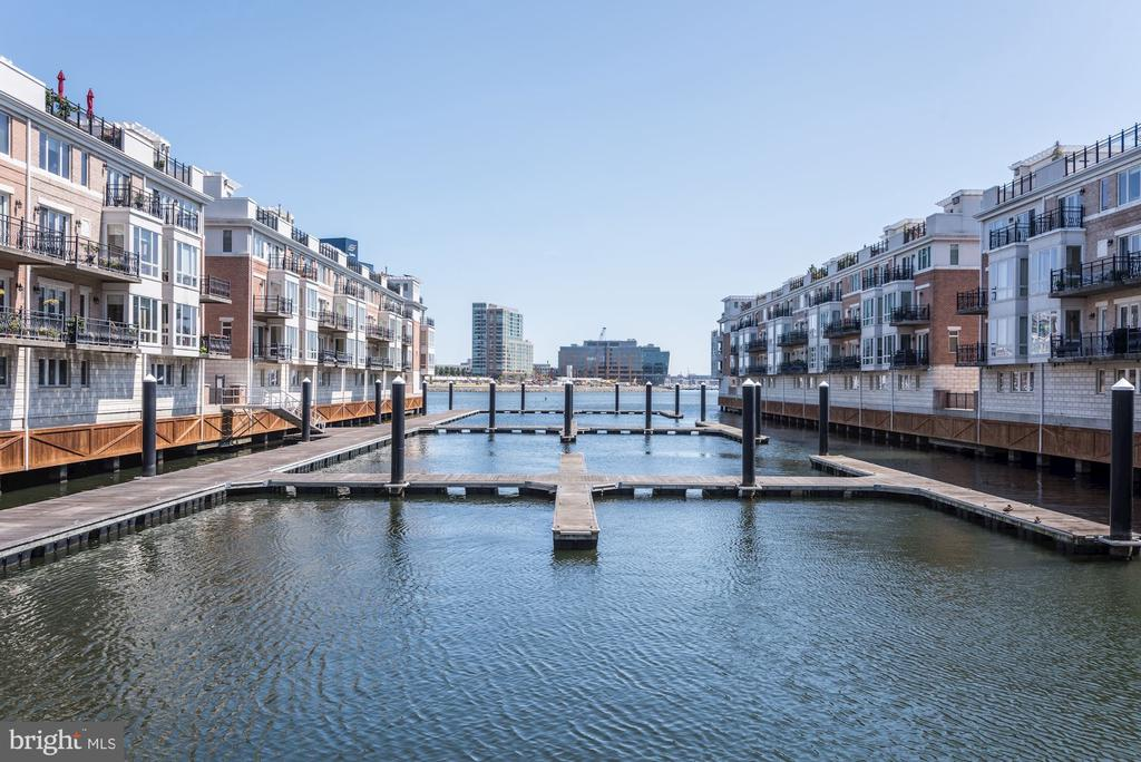 The Pier Homes At Harborview - 632 PONTE VILLAS SOUTH #146, BALTIMORE
