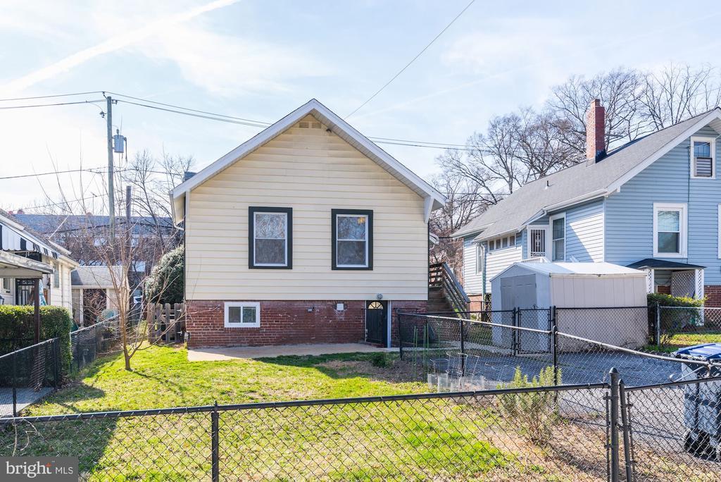 Rear view of house - 4115 10TH ST NE, WASHINGTON