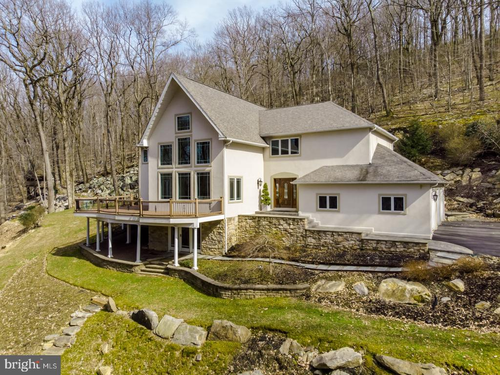 4757  UPPER MOUNTAIN ROAD, New Hope, Pennsylvania