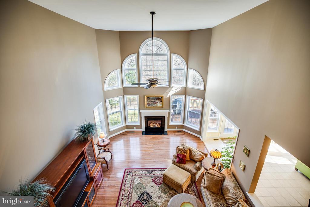 Overlook from upper floor to Family Room - 30 PROSPECT DR, FREDERICKSBURG
