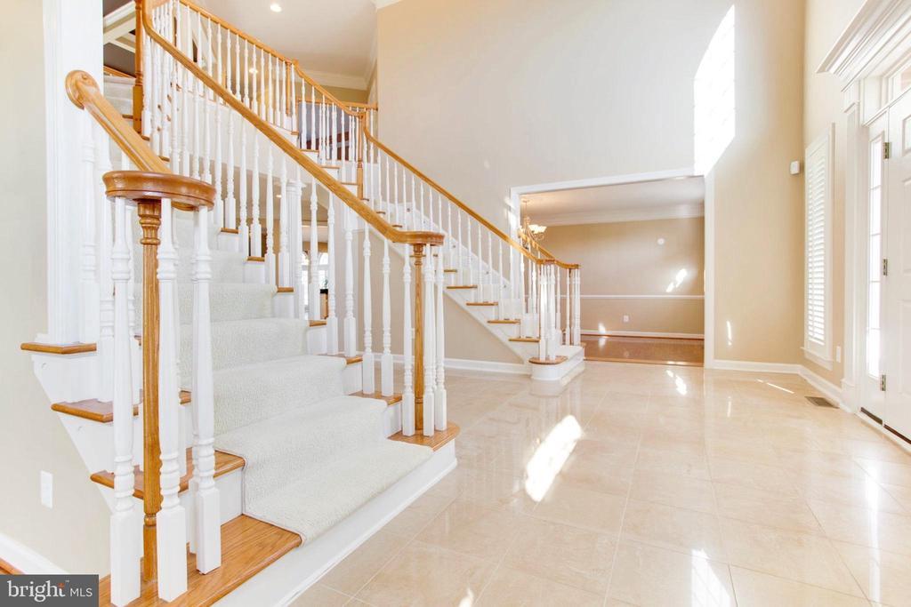 Foyer With Mabel Floor - 42739 CEDAR RIDGE BLVD, CHANTILLY