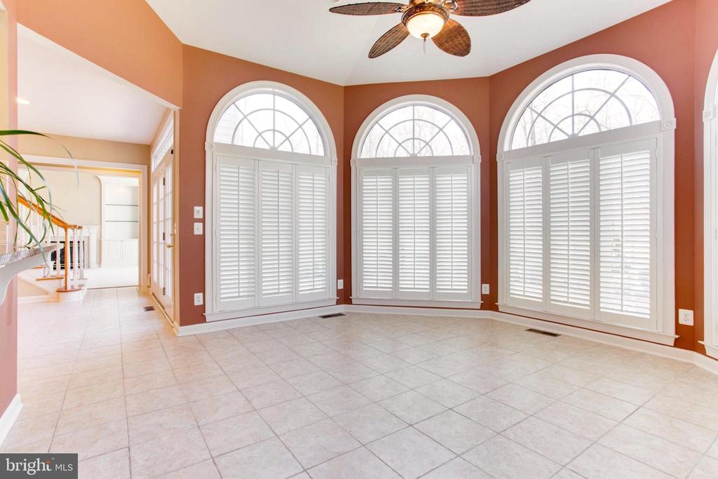 Rear Sun Room With Cathedral Ceiling - 42739 CEDAR RIDGE BLVD, CHANTILLY