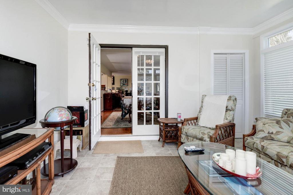 sunroom has French doors leading back to dr - 9802 PEPPERMILL PL, VIENNA