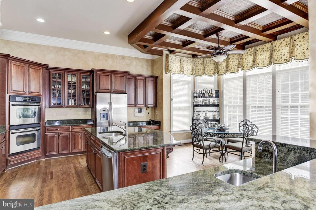 Lots of Natural Light from Your Kitchen - 3509 SCHUERMAN HOUSE DR, FAIRFAX