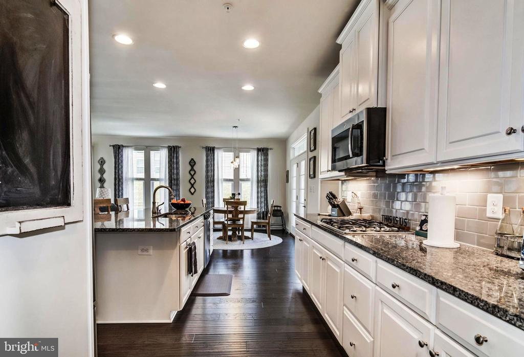 Step Into Your Gourmet Kitchen! - 17152 GULLWING DR, DUMFRIES
