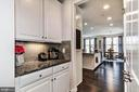 Butler's Pantry - 17152 GULLWING DR, DUMFRIES