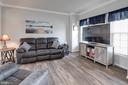 Bay window adds light and space to living - 10283 SPRING IRIS DR, BRISTOW