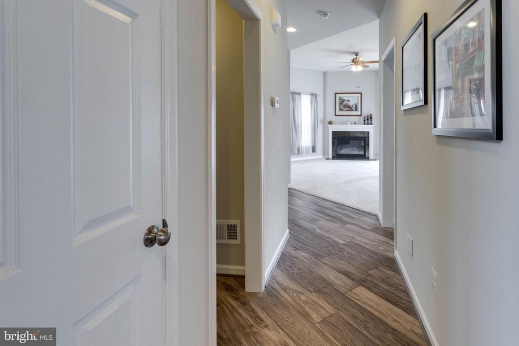 View from foyer to family room - 10283 SPRING IRIS DR, BRISTOW
