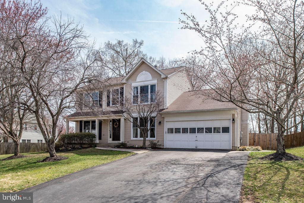Single Family for Sale at 14013 Flying Feather Ct Gainesville, Virginia 20155 United States