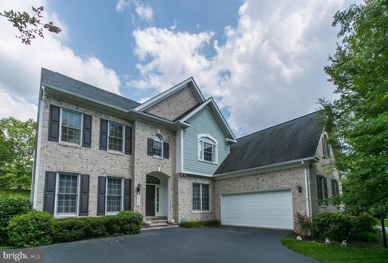 Woodbridge                                                                      , VA - $735,000