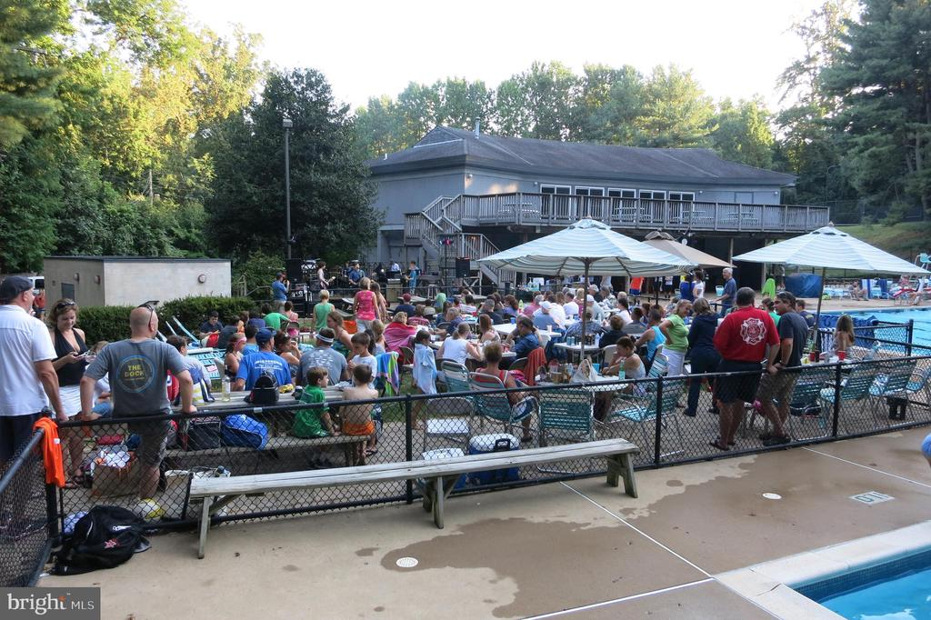Multiple Concerts at the Swim Club. Great fun! - 9329 GLENBROOK RD, FAIRFAX