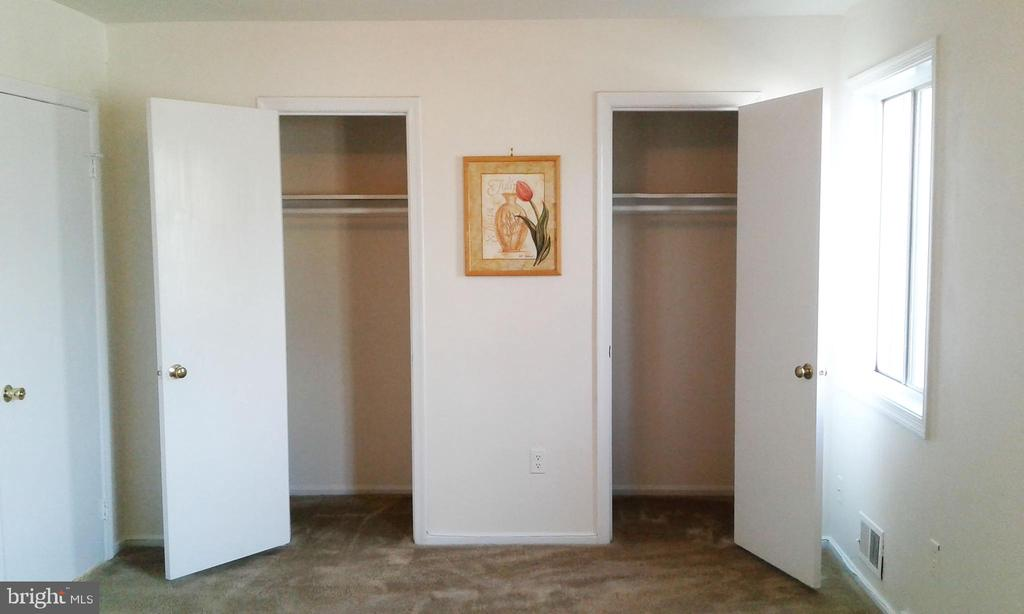 Side by side closets, master bedroom - 62 BRISTOL CT, STAFFORD
